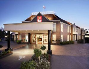 Canterbury International Hotel - Coogee Beach Accommodation