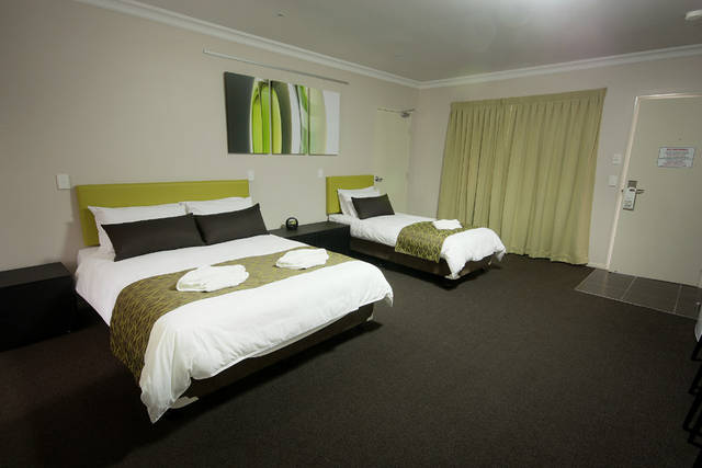 Drovers Motor Inn - Coogee Beach Accommodation