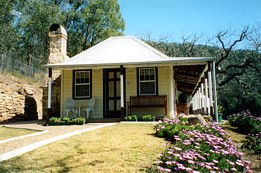 Price Morris Cottage - Coogee Beach Accommodation