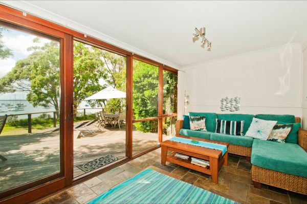 Culburra Cottage - Coogee Beach Accommodation