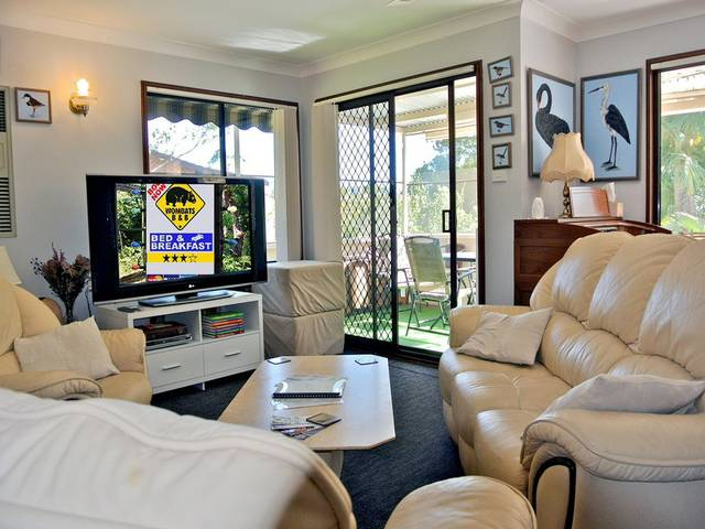 WOMBATS BB - Apartments - AAA 3.5 rated Gosford - Coogee Beach Accommodation