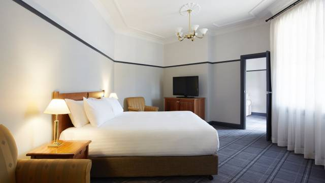 Brassey Hotel - Coogee Beach Accommodation