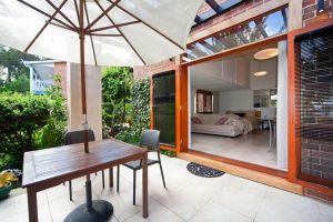 The Circle Retreat Studio - Coogee Beach Accommodation