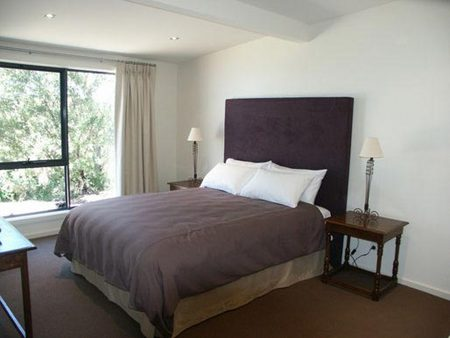 Beacon Point Ocean View Villas - Coogee Beach Accommodation