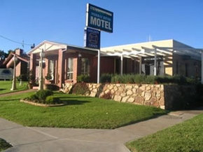 Golden Chain Murray River Motel - Coogee Beach Accommodation