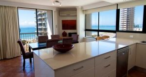 Carrington Court - Coogee Beach Accommodation