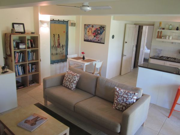 Bangalow Studio Apartment - Coogee Beach Accommodation