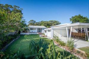 Back Beach Bungalow - Coogee Beach Accommodation