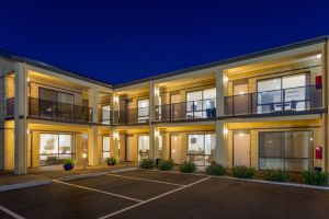 The Bay Motel - Safety Beach - Coogee Beach Accommodation