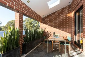 Boutique Apartment Redfern - Coogee Beach Accommodation