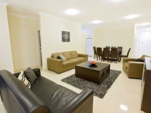 Astina Central Apartments - Coogee Beach Accommodation