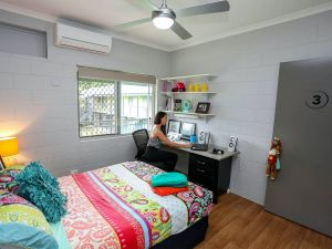 Cairns Student Lodge - Coogee Beach Accommodation
