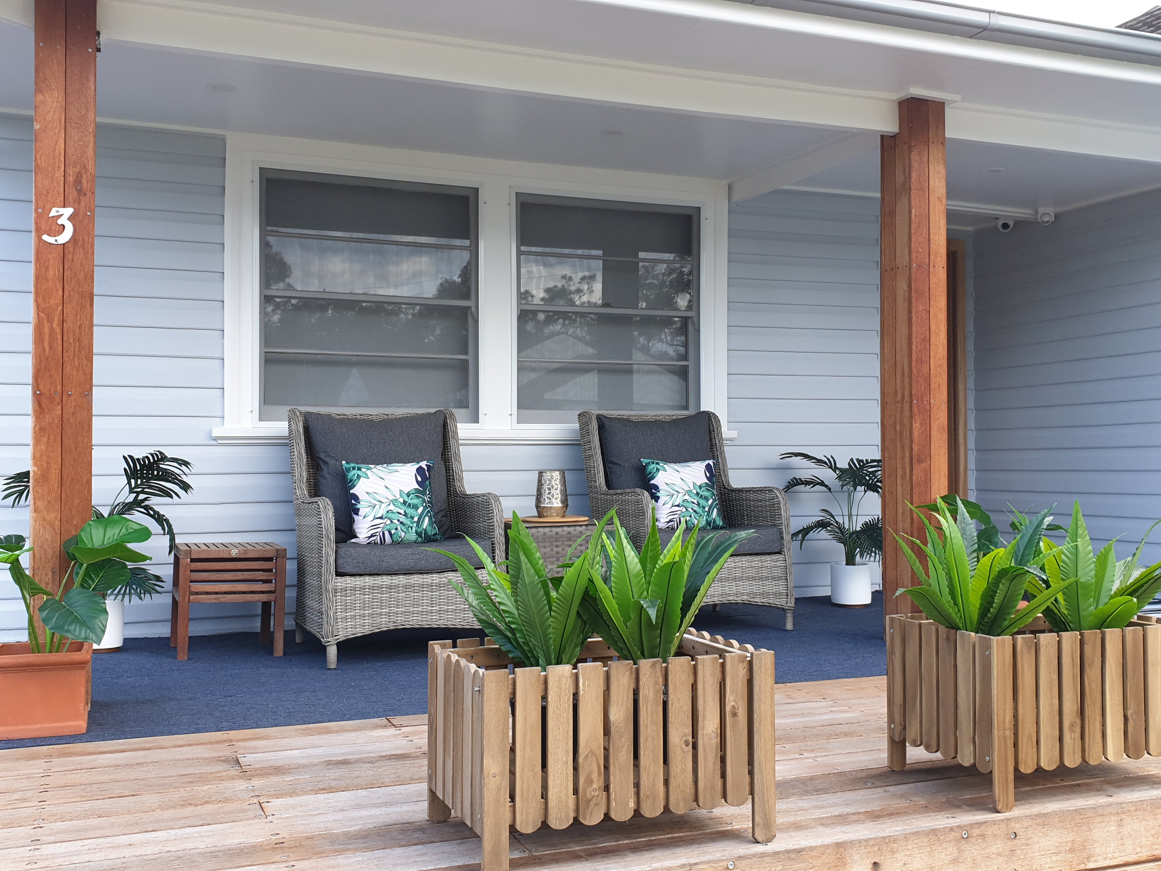 Long Jetty Lake House - Coogee Beach Accommodation