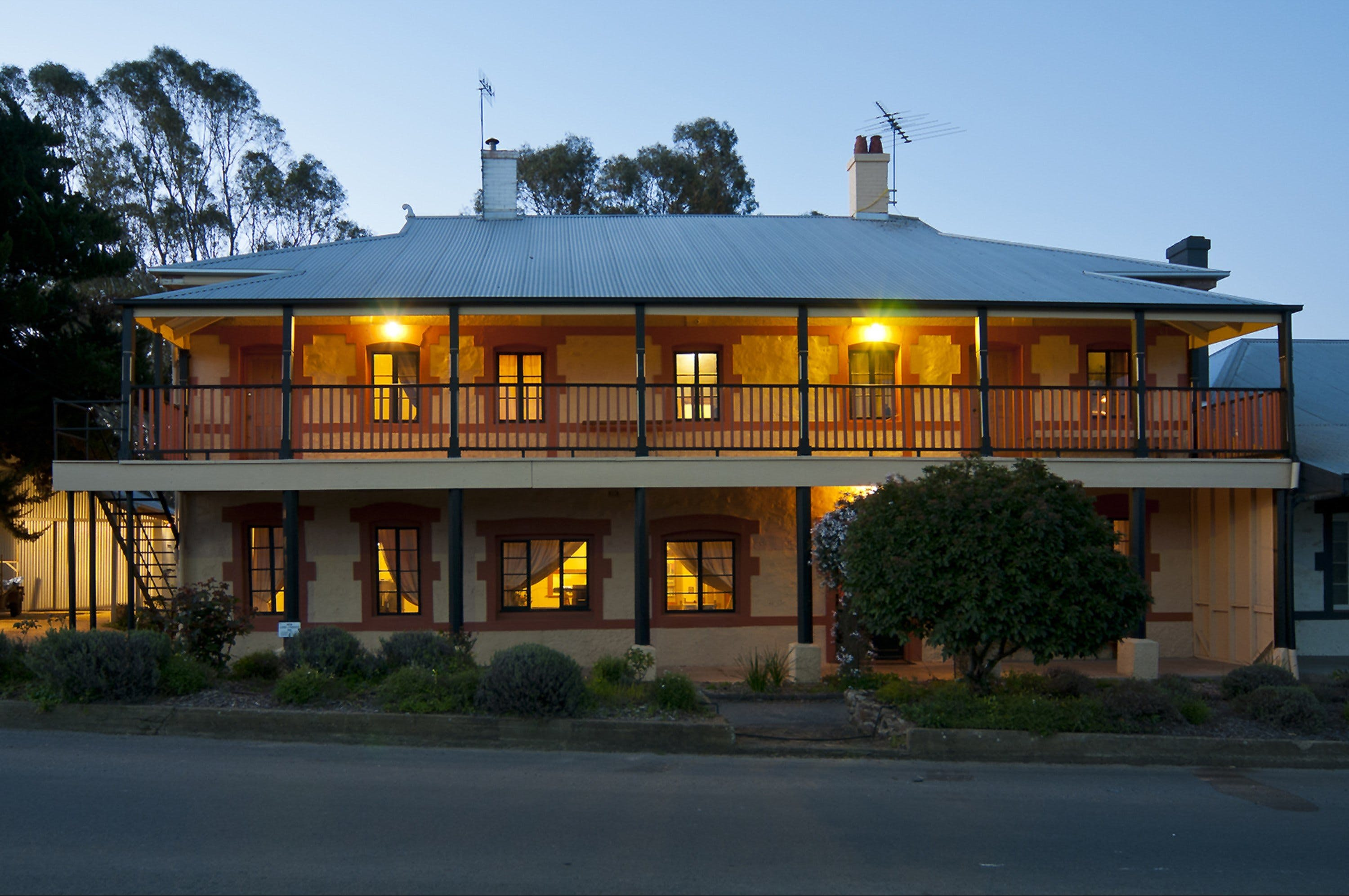 The Coffee Palace - Coogee Beach Accommodation