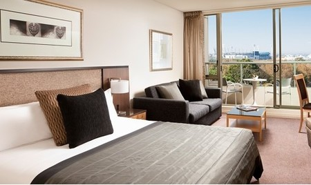 Quay West Suites Melbourne - Coogee Beach Accommodation