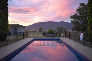 Mountain View Motel Corryong - Coogee Beach Accommodation