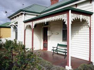 Isabella at Kyneton - Coogee Beach Accommodation