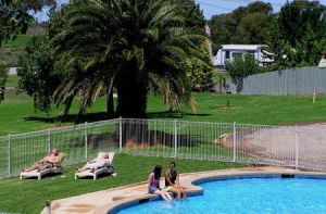 Swan Hill Holiday Park - Coogee Beach Accommodation
