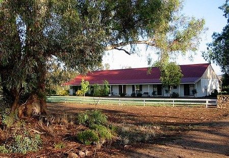 Hanericka Farm Stay - Coogee Beach Accommodation